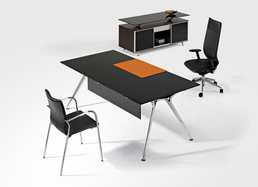 Muebles de oficina en sevilla alta direccin with muebles for Reto sevilla muebles